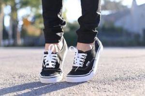 女性 靴 スニーカー